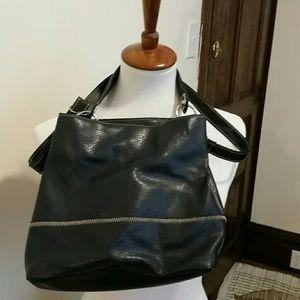 Tommy Hilfiger Bucket/Crossbody Bag